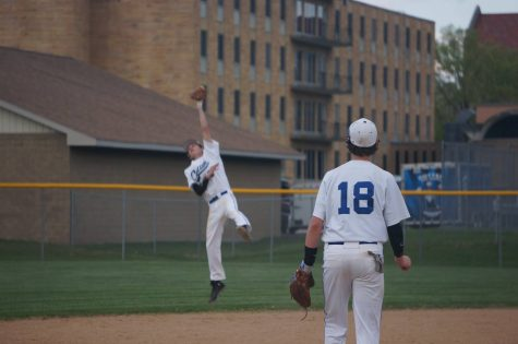 Baseball charges towards playoffs