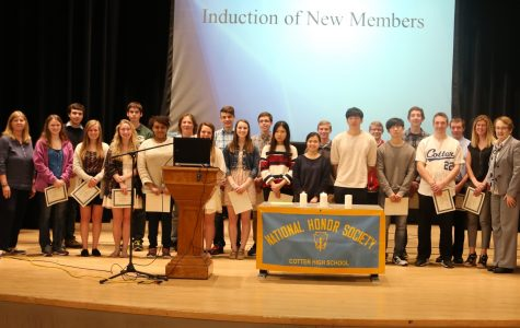 New members of Cotter's NHS for 2016.
