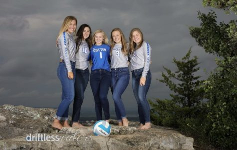 Cotter senior volleyball players