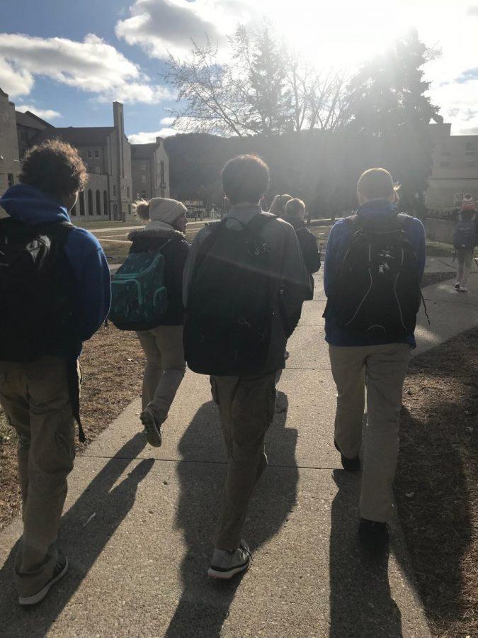 Students run to lunch