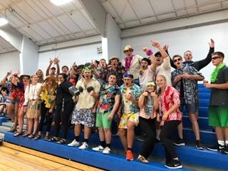 Fan section says Aloha to the Eagles