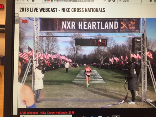 Cotter+girls+excel+at+Heartland%2C+Pings+qualify+for+Nike+race