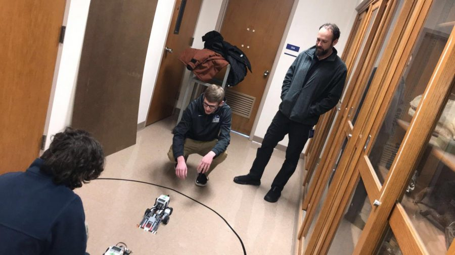 Sumo+wrestler+robots