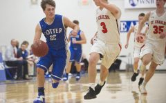 Boys basketball players find silver linings in stormy season