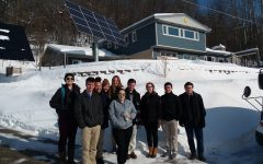 Environmental Science students tour eco-friendly house