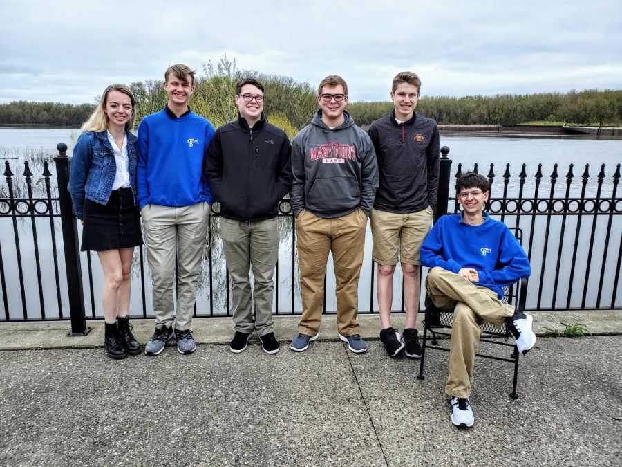 Maddie+Mohan%2C+Hunter+Ramsden%2C+Jack+Walters%2C+Tyler+Nachtigal%2C+Joey+Renk%2C+and+Aidan+Carlson+on+the+deck+of+MMAM+overlooking+the+Mississippi