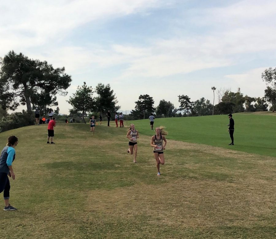 Lauren+leads+Grace+during+the+2019+Arizona+AIA+State+Cross+Country+Championships