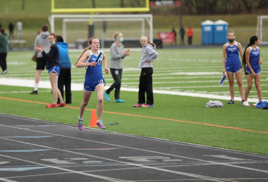 Sonja+Semling+competes+in+the+1600+meter+race+at+Dover-Eyota+High+School+on+April+23.
