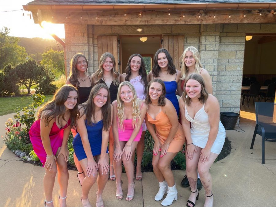Outdoor Homecoming dance draws mixed reviews